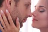 Как помириться с женой, если она не идет на контакт? фото